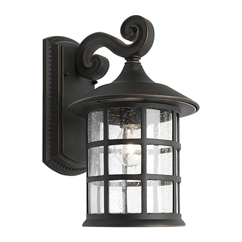 Cougar Lighting Coventry Exterior Wall Light Large